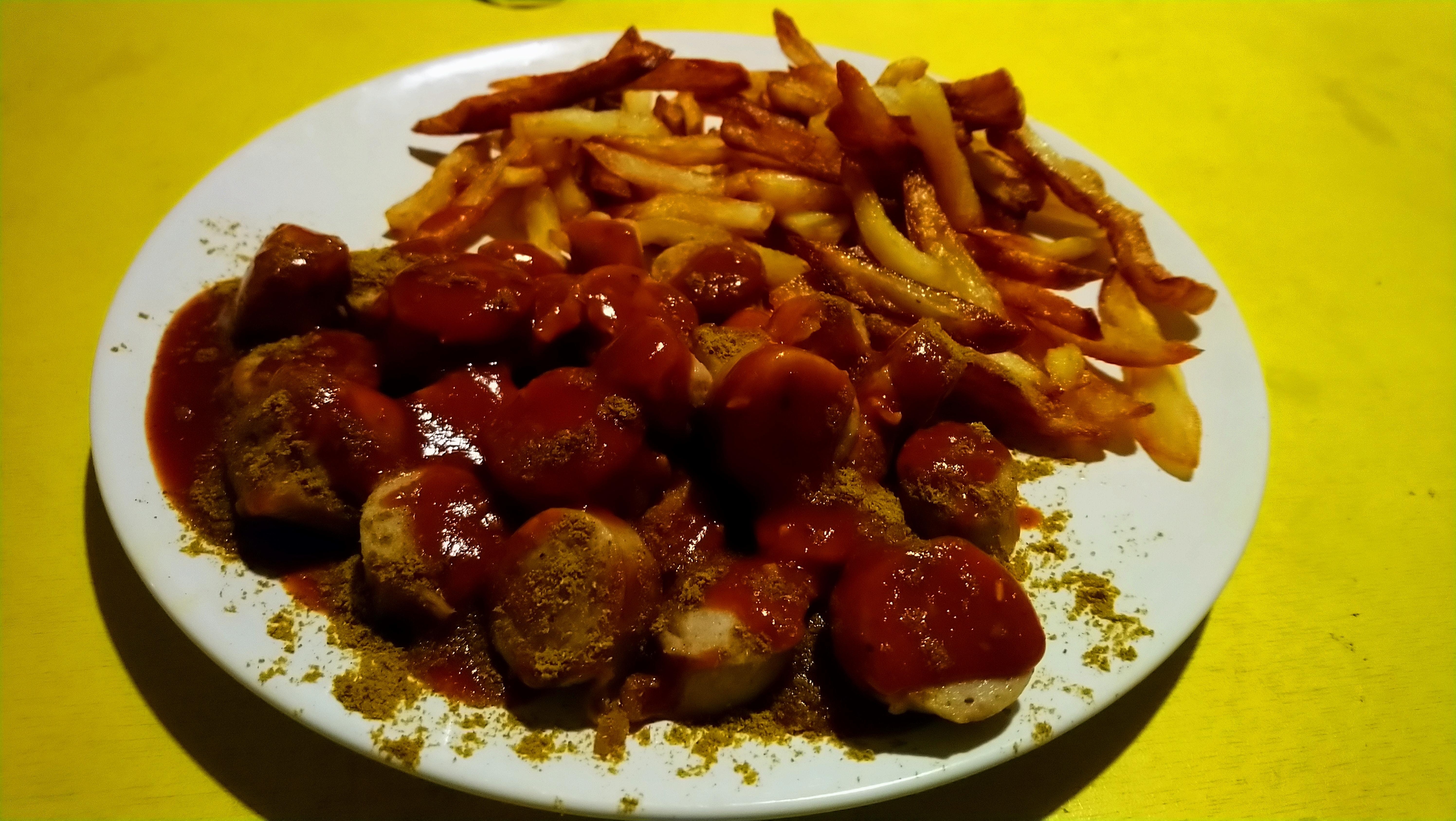La recette de la Currywurst (saucisse allemande au curry), façon Ruhr