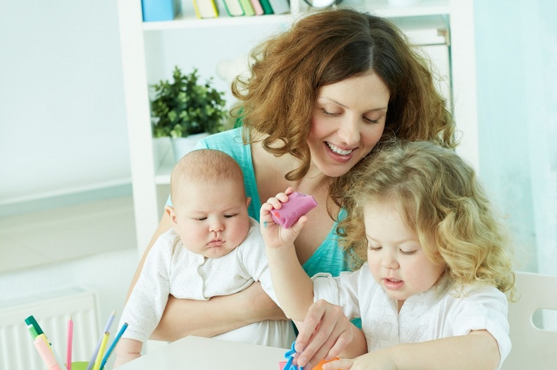 Prix baby-sitting combien payer un baby-sitter en Allemagne